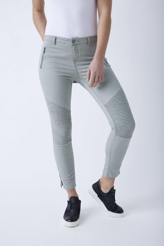 Ankle Regular Rise Jeans
