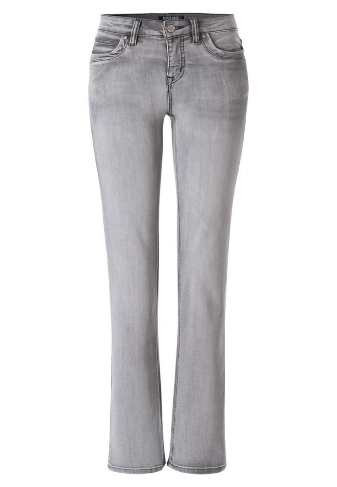 Straight Regular Rise Jeans